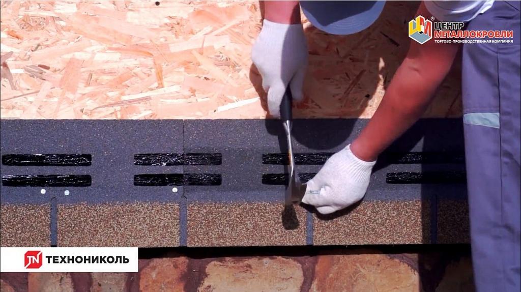 Монтаж фасадной плитки HAUBERK производится специальными гвоздями
